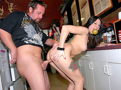 MILF Brooke's Wild Kitchen Romp